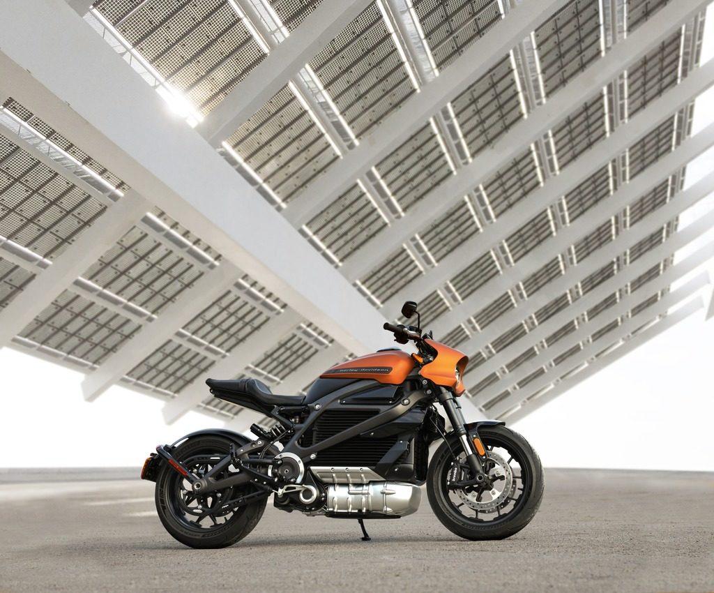 Электрический Harley-Davidson LiveWire-это практически Тесла. Но продажи не растут