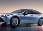 Toyota обновила свой водородный седан (фото)