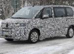 Знаменитый Volkswagen Transporter нового поколения выехал на тесты (Фото)