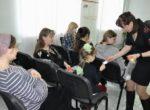 Тюменские автоинспекторы провели тренинги по безопасной перевозке детей для будущих мам