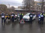 Инспекторы тюменского мотобата вместе с байкерами призвали мотоциклистов оставаться дома