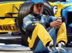 СМИ: Алонсо вернется в Renault как пилот, а потом – руководитель команды