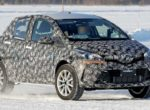 Toyota вывел на тесты новый Yaris