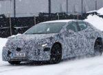 Стильный электрический седан Mercedes-Benz был замечен на тестах (фото)