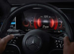 Mercedes-Benz частично рассекретил новый S-Class (фото)