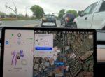 Как работает полноценный автопилот Tesla в естественной среде обитания (видео)
