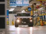 Электрический пикап Hummer засветился на видео
