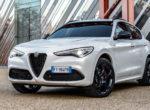 Alfa Romeo выпустила спортивный кроссовер (фото)