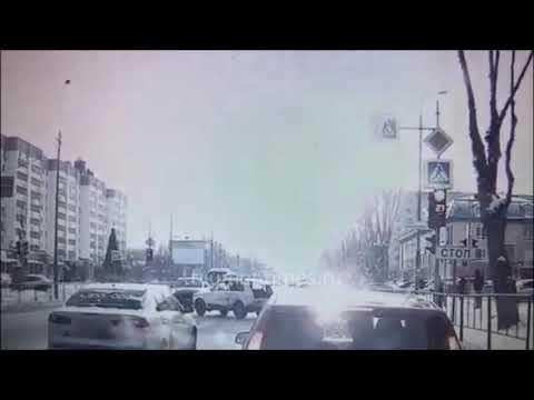 Порш таранит Ниву  ДТП Тюмень Червишевский тракт 21.01.2021
