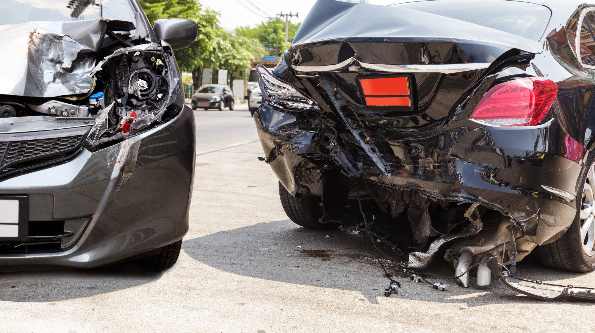 Как выгодно избавиться от битого автомобиля?