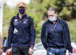 Отец Ферстаппена: Mercedes изменил ситуацию в свою пользу