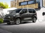 Компания Toyota представила новый электрический минивэн (Фото)