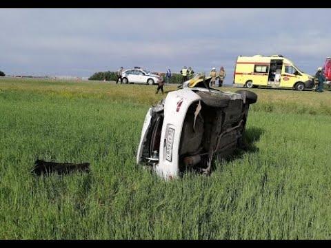 В Омском районе в ДТП погибла пассажирка такси из-за неосторожности таксиста
