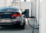 BMW превратила «пятерку» на 720-сильный электрокар