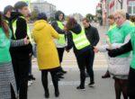 Тюменский «родительский патруль»  призвал  участников дорожного движения отказаться от гаджетов на дорогах
